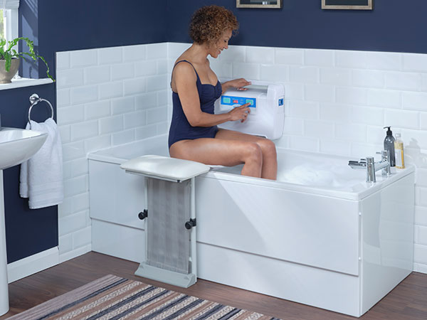 4 signs you need a bathlift